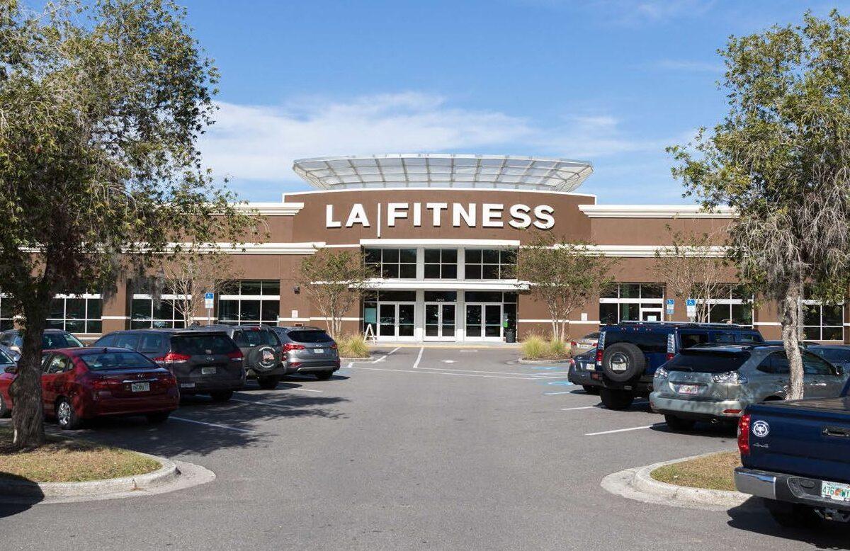 LA Fitness NNN property retail